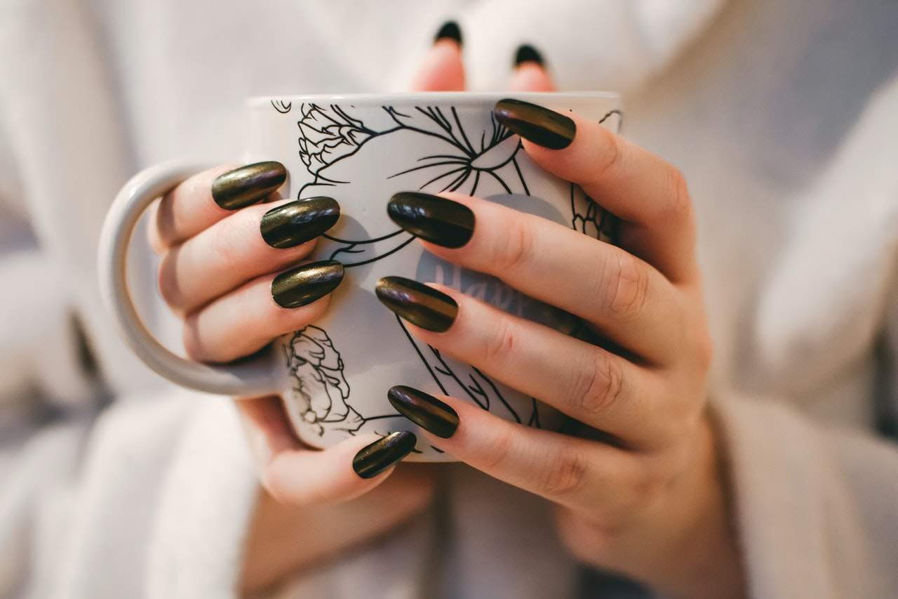 How To Choose Your Nail Care Training School