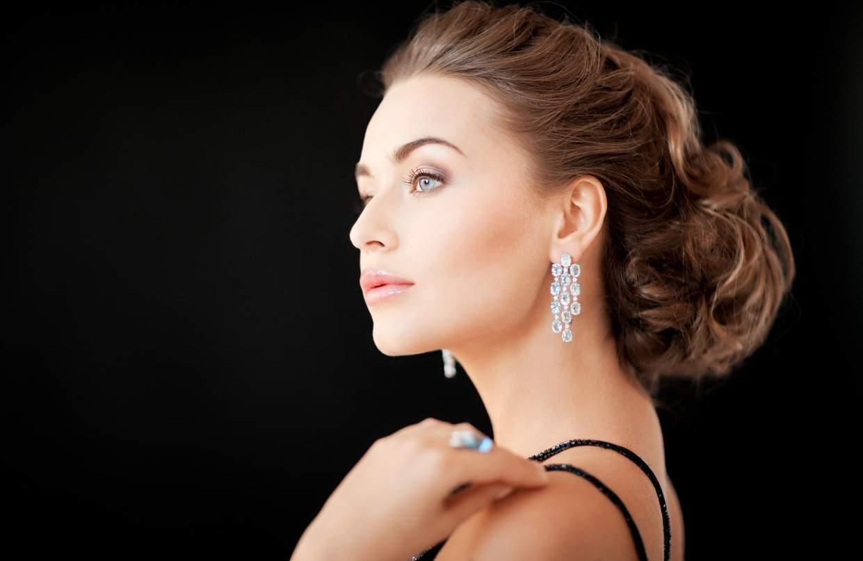 Why Do Girls love Fashionable Diamond Jewellery?