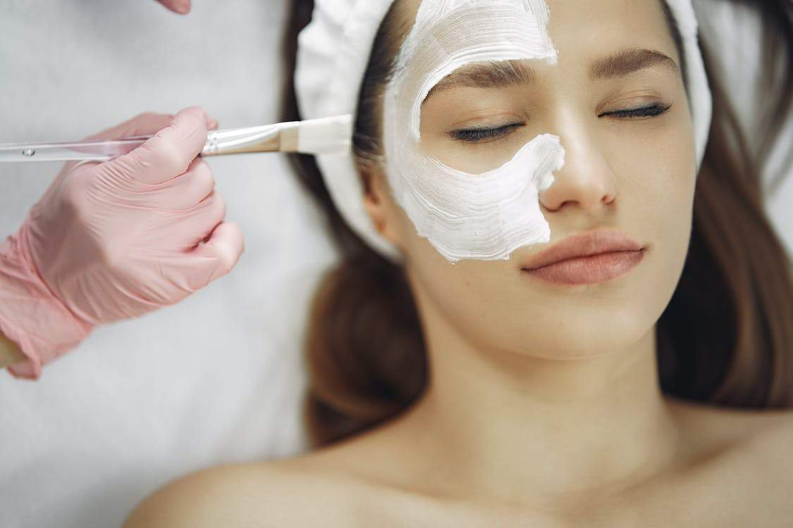 5 Cosmetic Treatments That Get Rid Of Acne