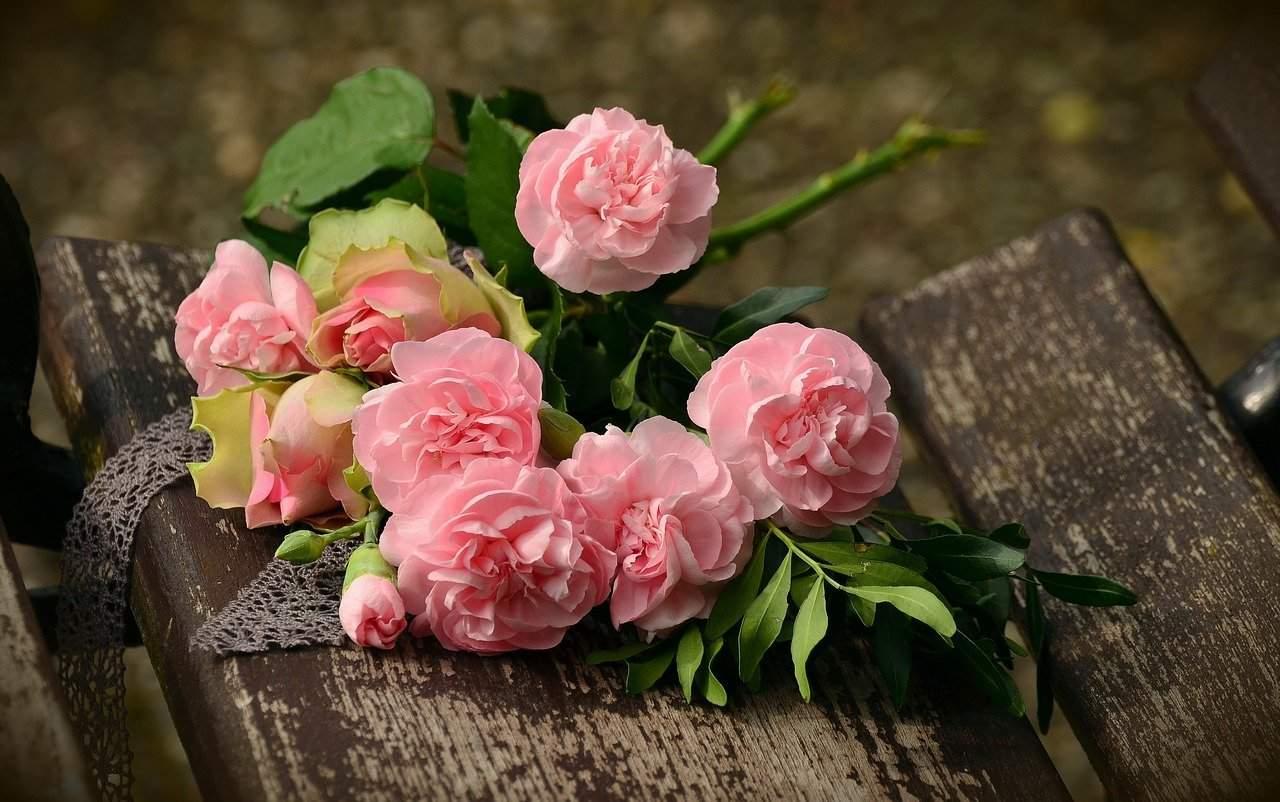Make Flowers Last Longer